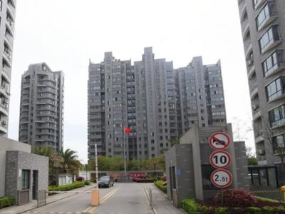 出租华山嘉园3室2厅2卫126平米2500元/月住宅