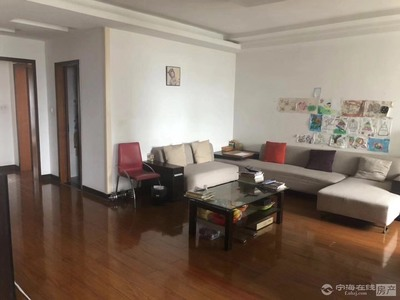出售华庭家园4室2厅2卫142平米173万住宅