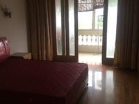 出租正学公寓120平米拎包入住2600元/月住宅
