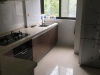出售上东国际2室1厅1卫85平米全新,白色装修