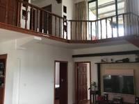兴海家园西灿复式121.88平方 阁楼60平方 储藏室13.11平方,150万。