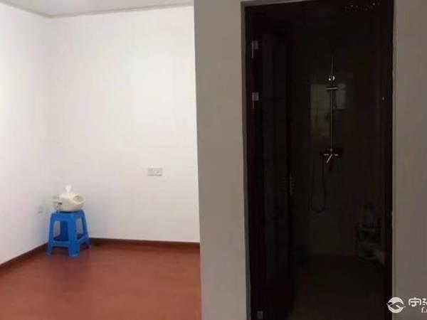 出售自在城 3室1厅1卫70平米25.8万住宅