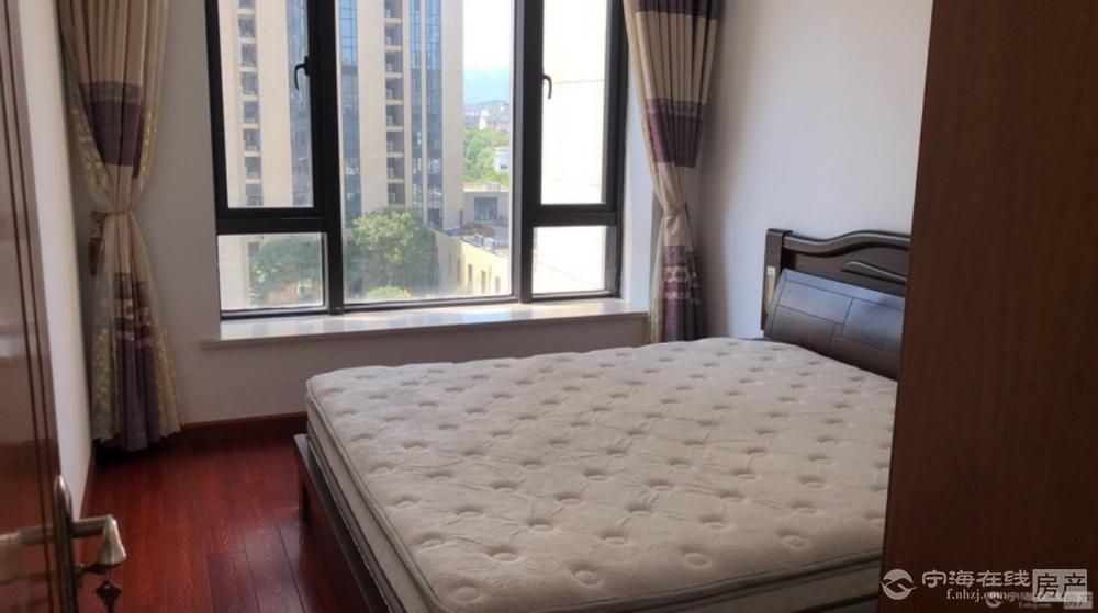 出租西子国际2室2厅1卫87平米3800元/月住宅