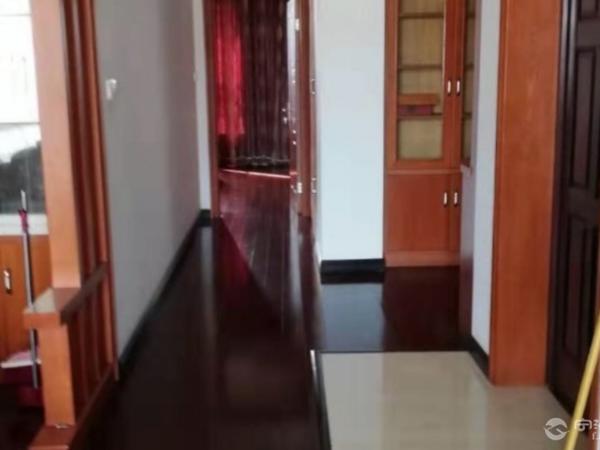 出租丰和苑3室2厅2卫128平米3000元/月住宅