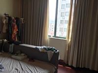 出售红枫公寓3室2厅2卫127平米173万住宅