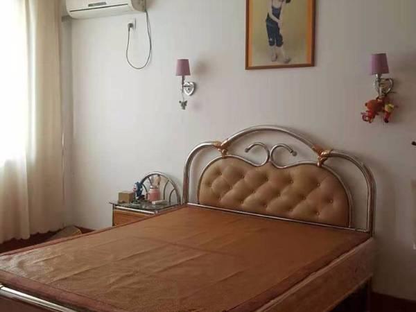 华庭家园129平加储藏室10平精装修叫价174万,层好灿头