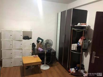 出售阳光小区2室1厅1卫66平米92.8万住宅简单装修5楼有储存室