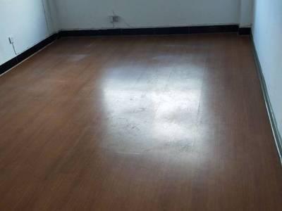 出租400平米适合办公开辅导班等6000元/月住宅