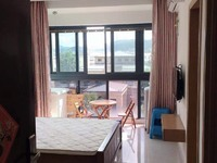 出租自在城 1室1厅1卫46平米1800元/月住宅