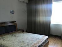 石河路 永和豆浆旁边 3室2厅1卫 2500一月 钥匙在可随时看房