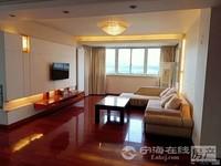 华庭家园6楼东灿:168平方,4室2厅2卫,精装修,有车库储藏室,215万。