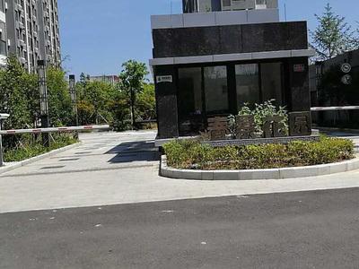 出售春景花园3室2厅2卫115平米132万住宅