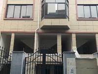 出售坦坑家园落地一幢四层半5室2厅3卫168平米186万住宅