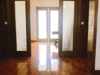 华庭家园127平方 车库 储藏室,中档装修 位置好,黄金楼,价178万