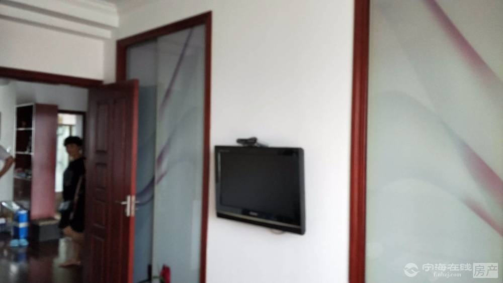 好房来了,精装修,东景花园3室2厅1卫,105平方,148万
