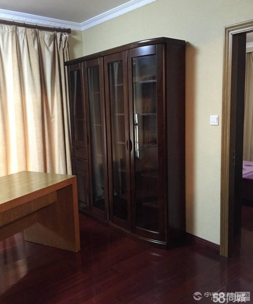 超划算精装均价一万一平方兴海家园4室2厅2卫160平米160万住宅