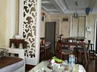 出售上东国际灿头3室2厅2卫110平米加车位精装修152万住宅