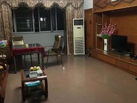 出售华苑小区2楼136平方3室2厅2卫加车库送储藏室160万住宅有钥匙