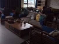 出售郁金花园复式精装修加车位5室2厅3卫242平米398万住宅