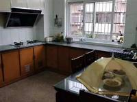 出售杨柳小区3室2厅1卫114平米加储藏室153万住宅