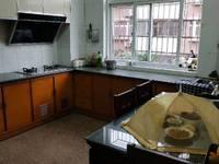 出售杨柳小区3室2厅2卫114平米住宅