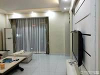 出租天景园3室2厅2卫130平米4200元/重新装修过十车位