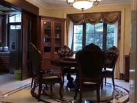 出售御华府6室3厅3卫400平米990万住宅