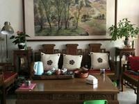出售海锦苑3室2厅2卫118平米162.8万住宅