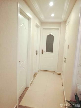 自在城,87m² 15m²的储藏室,家电全送,132万