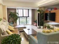 出售自在城东灿3室2厅2卫134平米200万住宅
