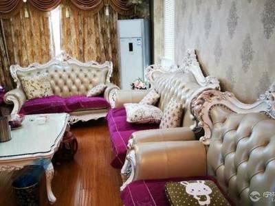 出售上东国际3室2厅2卫110平米150万住宅