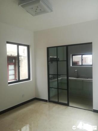出售汽车生活广场162平方复式3室2厅2卫精装修大东灿