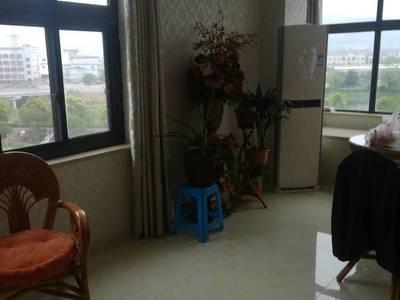 出售汽车生活广场162平方3室2厅2卫精装修大东灿