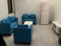 出租湖东花园3室2厅1卫88平米精装修拎包入住2750元/月包物业费住宅