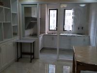 出租海锦苑3室2厅2卫120平米精装修拎包入住3000元/月住宅