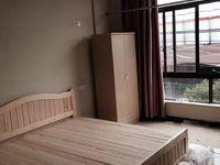 宁海桃源街道应家山村宾馆式房子出租在2楼有单独厨房和卫生间,格力空调和冰箱