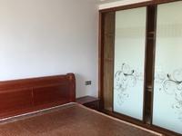 出租海锦苑4室2厅2卫137平米3500元/精装修有车位月住宅
