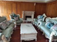 出售上东国际复试别墅6室2厅5卫300平米住宅