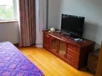 潘天寿小学附近,怡惠路2室1厅1卫65平米1800元/月住宅