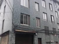 西洋村两幢精装修4.5层 235万