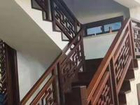 上东国际 叠加别墅1-2层,豪华装修 急卖