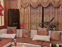出售华山嘉园校区潘精装修4室2厅2卫142平方十车位211万住宅