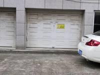 个人出售杜鹃小区得力建复式套间一楼有稀缺独立车库可出租168万