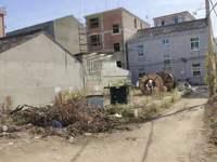 梅林街道梅林小中学附近,地基出售2间,19米穿深,3.9米宽度三面至路,东自墙