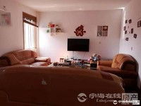 出售华山花园3室2厅1卫116平米140万住宅送储藏室