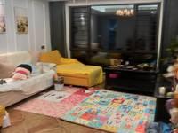 出售荣安凤凰城灿头3室2厅1卫104平。米十车位188万豪装40万住宅