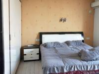 出售兴海家园最便宜的单身公寓53平米68万住宅