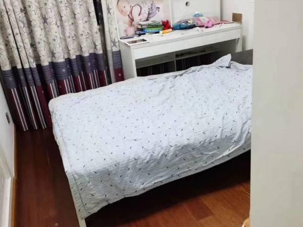 出租气象路单独套间1室1厅1卫,简装修1000元/月住宅