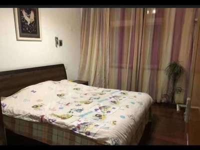 银昌公寓92平方储藏室10多平方精装修148万