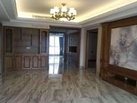 竹海中庭豪华装修新套房出售,从未入住过,楼层最佳。